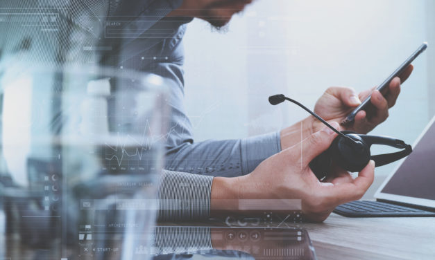 5 Things to Consider Before Selecting an IT Service Desk Software